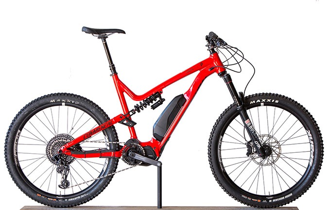 META POWER RACE 650B+ SHINY RED 2018 (XL)