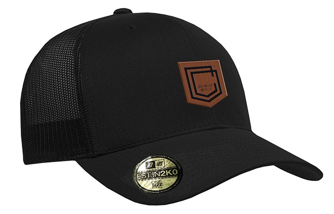 COMMENCAL SHIELD CURVED PEAK TRUCKER CAP BLACK LEATHER 2019