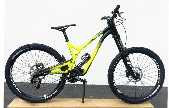 SUPREME DH V4 RACE ROCKSHOX YELLOW 2016 (L)